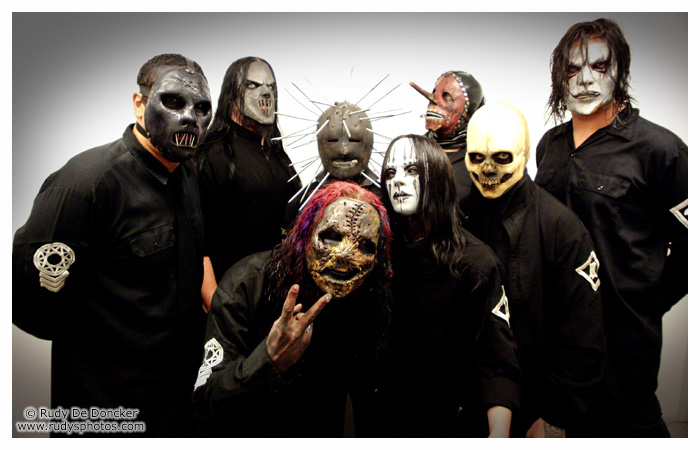 http://alt-sector.net/uploads/posts/2011-05/1305111112_slipknot.jpg