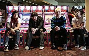 Karate High School - Рецензия на Альбом Invaders