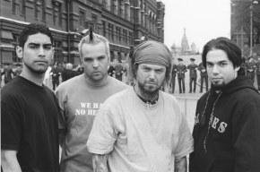Soulfly - История группы, биография, фотографии