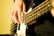 Слэп на бас гитаре - Обзор техники звукоизвлечения