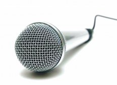 Почему фонит микрофон? Отвечаем на данный вопрос