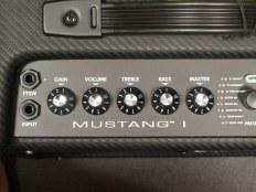 Fender Mustang I Combo - Обзор комбика