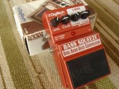 Продам примочки для баса и гитары.