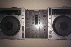 Аппаратура для DJ-ев и сэмплеров