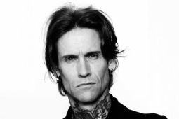 Вокалист BUCKCHERRY о ситуации в группе