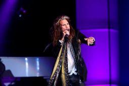 AEROSMITH отменили концерты из-за болезни вокалиста