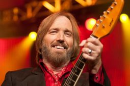 Умер лидер TOM PETTY AND THE HEARTBREAKERS
