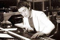 Скончался бывший продюсер AC/DC
