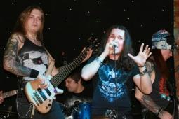 Группа МАВРИН рассталась с бас-гитаристом
